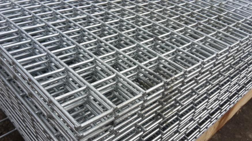 Mild Steel Galvanised Weld Mesh Fm Steel Stock